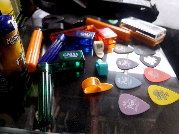 Accessori chitarre in offerta